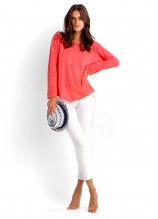 Knot Top and Candy Capri